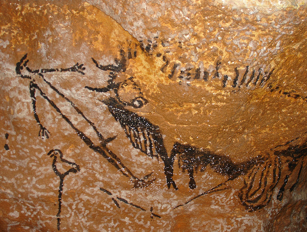 The erect hunted hunter in Lascaux